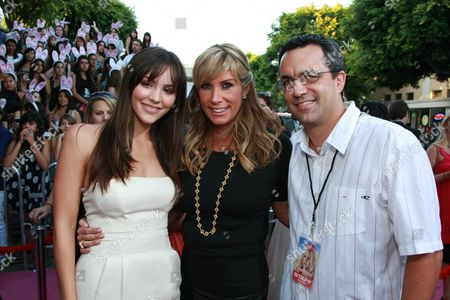 WESTWOOD, CA - AUGUST 20: Katharine McPhee, Producer Heather Parry and Producer Jack Giarraputo at Columbia Pictures Premiere of 'The House Bunny' on August 20, 2008 at the Mann Village Theatre in Westwood, CA.
