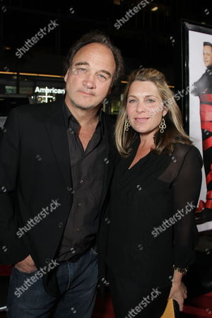 HOLLYWOOD, CA - NOVEMBER 20: James Belushi and Jennifer Sloan at Warner Bros. Pictures World Premiere of 'Four Christmases' on November 20, 2008 at Grauman's Chinese Theatre in Hollywood, California.