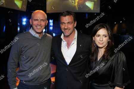HOLLYWOOD, CA - DECEMBER 01: Lionsgate's Joe Drake, Ray Stevenson and Director Lexi Alexander at Lionsgate special screening of 'The Punisher' on December 01, 2008 at Mann's Chinese Theatre in Hollywood, California.