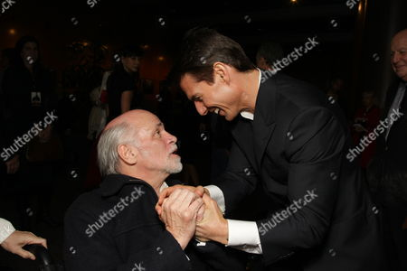 LOS ANGELES, CA - DECEMBER 18: **EXCLUSIVE** Ron Kovic and Tom Cruise at United Artists Pictures and MGM premiere of 'Valkyrie' on December 18, 2008 at the Directors Guild of America in Los Angeles, California.