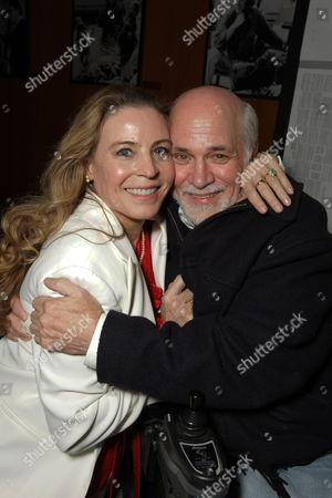 LOS ANGELES, CA - DECEMBER 18: TerriAnn Ferren and Ron Kovic at United Artists Pictures and MGM premiere of 'Valkyrie' on December 18, 2008 at the Directors Guild of America in Los Angeles, California.