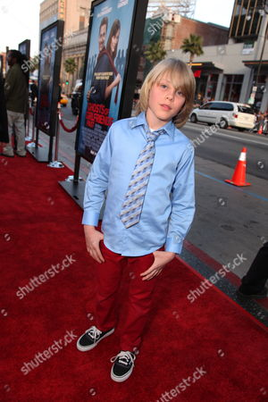 HOLLWOOD, CA - APRIL 27: Devin Brochu at New Line Cinema's 'Ghosts of Girlfriends Past' World Premiere on April 27, 2009 at the Grauman's Chinese Theatre in Hollywood, California.