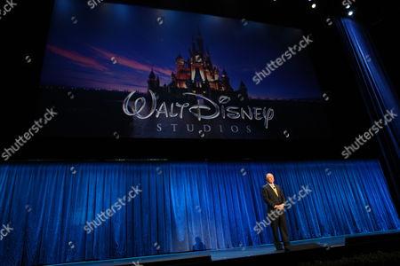 ANAHEIM, CA - SEPTEMBER 11: **EXCLUSIVE** Disney's Dick Cook at Walt Disney Pictures Presentation at Disney's D23 Expo on September 11, 2009 at the Anaheim Convention Center in Anaheim, California.