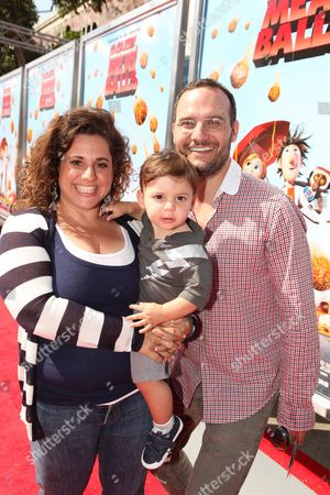 WESTWOOD, CA - SEPTEMBER 12: Marissa Janet Winokur, son Zev Issac Miller and Judah Miller at Columbia Pictures Premiere of 'Cloudy with a Chance of Meatballs' on September 12, 2009 at Mann Village Theatre in Westwood, California.
