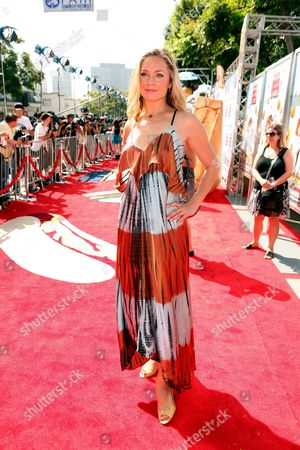 WESTWOOD, CA - SEPTEMBER 12: Elizabeth Rohm at Columbia Pictures Premiere of 'Cloudy with a Chance of Meatballs' on September 12, 2009 at Mann Village Theatre in Westwood, California.