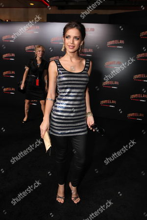 HOLLYWOOD, CA - SEPTEMBER 23: Lorena Torres at Columbia Pictures 'Zombieland' Premiere on September 23, 2009 at Grauman's Chinese Theatre in Hollywood, California.