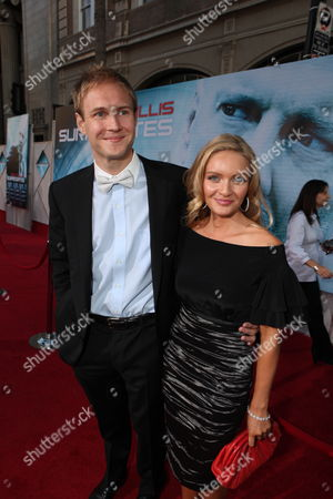 HOLLYWOOD, CA - SEPTEMBER 24: James Francis Ginty and sister Mimi at the World Premiere of Touchstone Pictures' 'Surrogates' on September 24, 2009 at the El Capitan Theatre in Hollywood, California.