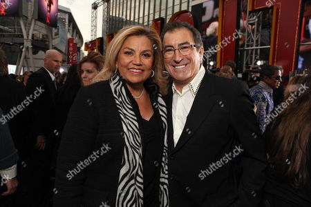 LOS ANGELES, CA - OCTOBER 27: Suzanne De Passe and Director/Producer Kenny Ortega at Columbia Pictures' Premiere of Michael Jackson's 'This Is It' on October 27, 2009 at the Nokia Theatre L.A. Live in Los Angeles, California.
