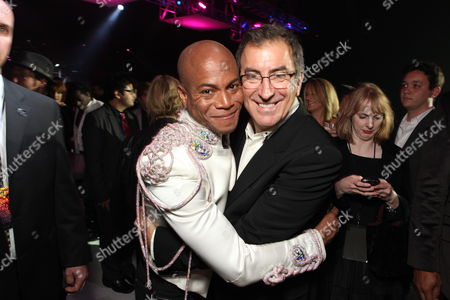 LOS ANGELES, CA - OCTOBER 27: Associate Prod/Choreographer Travis Payne and Director/Producer Kenny Ortega at Columbia Pictures' Premiere of Michael Jackson's 'This Is It' on October 27, 2009 at the Nokia Theatre L.A. Live in Los Angeles, California.