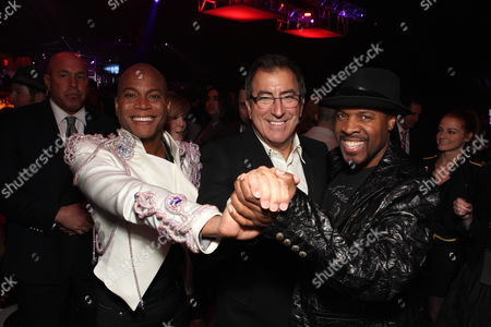 LOS ANGELES, CA - OCTOBER 27: Associate Prod/Choreographer Travis Payne, Director/Producer Kenny Ortega and Associate Producer/Music Supervisor Michael Bearden at Columbia Pictures' Premiere of Michael Jackson's 'This Is It' on October 27, 2009 at the Nokia Theatre L.A. Live in Los Angeles, California.