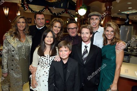 HOLLYWOOD, CA - NOVEMBER 09: **EXCLUSIVE** Rita Wilson, John Travolta, Ella Bleu Travolta, Kelly Preston, Conner Rayburn, Robin Williams, Seth Green, Dax Shepard and Lori Loughlin at the World Premiere of Walt Disney Pictures 'Old Dogs' on November 09, 2009 at the El Capitan Theatre in Hollywood, California.