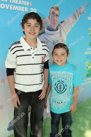 WESTWOOD, CA - NOVEMBER 14: Ryan Ochoa and Raymond Ochoa at the Premiere of Columbia Pictures 'Planet 51' on November 14, 2009 at the Mann Village Theatre in Westwood, California.
