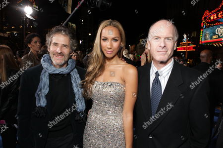 HOLLYWOOD, CA - DECEMBER 16: Composer James Horner, Leona Lewis and Fox' Robert Kraft at 20th Century Fox Los Angeles Premiere of 'Avatar' on December 16, 2009 at Mann's Chinese Theatre in Hollywood, California.