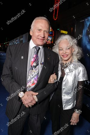 HOLLYWOOD, CA - DECEMBER 16: Buzz Aldrin and Lois Aldrin at 20th Century Fox Los Angeles Premiere of 'Avatar' on December 16, 2009 at Mann's Chinese Theatre in Hollywood, California.