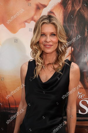 HOLLYWOOD, CA - MARCH 25: Kate Vernon at the World Premiere of Touchstone Pictures 'The Last Song' on March 25, 2010 at ArcLight Hollywood Cinema in Hollywood, CA.