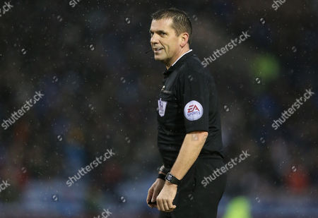 Referee Mr Phil Dowd