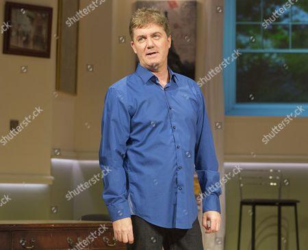 Jon Conway (Ray Jordan)