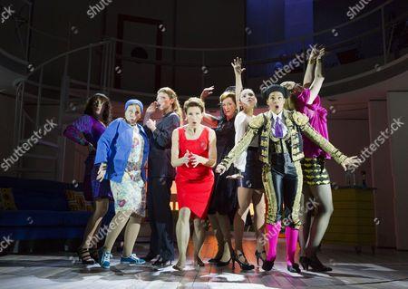 l-r: Rebecca McKinnis (ensemble), Sarah Moyle (ensemble), Willemijn Verkaik (Paulina), Tamsin Greig (Pepa Marco), Haydn Gwynne (Lucia), Seline Hizli (Marisa), Holly James (ensemble), Marianne Benedict (ensemble)