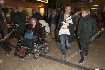 Editorial photo of Coronation Street cast arriving at Euston station, London, Britain - 21 Jan 2015