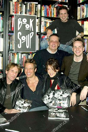 (FRONT ROW) RON COWEN (EXECUTIVE PRODUCER) ROBERT GANT, MICHELLE CLUNIE, PETER PAIGE. (BACK ROW) DANIEL LIPMAN (EXECUTIVE PRODUCER) AND HAL SPARKS