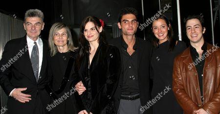 Richard Benjamin, Paula Prentiss and their children