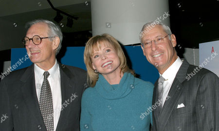 Alan Alda with Catherine Crier and Henry Schleiff