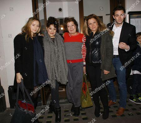 Alexandra Dowling, Harriet Thorpe, Roberta Taylor, Matilda Thorpe,Benjamin Fisher