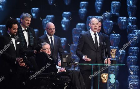 Stephen Hawking and Paul Franklin - Winner of the Award for Special Visual Effects - Interstellar