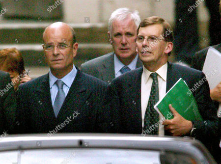 JOHN SCARLETT (ON LEFT) AND SIR DAVID OMAND (FRONT RIGHT HOLDING FOLDER) OF THE CABINET OFFICE - 26 AUG
