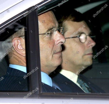 JOHN SCARLETT (ON LEFT) AND SIR DAVID OMAND OF THE CABINET OFFICE - 26 AUG