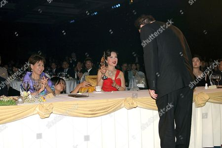 Oliver Stone receives a Lifetime achievement award from Princess Ubol Ratana - 31 JAN