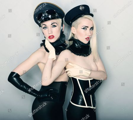 Blonde Electra - Jazzy and Ruby King