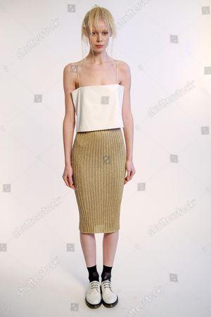 Model wearing Ji Oh