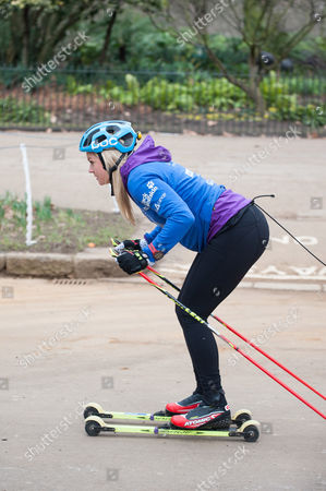 Olympic skier Chemmy Alcott attempts to break the Guinness World Record for the fastest mile on roller skis with five people tied together