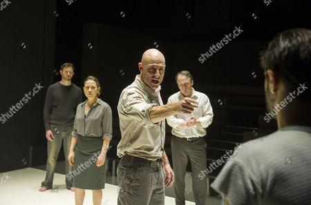 Stock Photo of Richard Hansell as Louis, Nicola Walker as Beatrice, Mark Strong as Eddie, Michael Gould as Alfieri, Emun Elliott as Marco