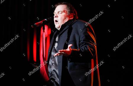 Meat Loaf singing on stage