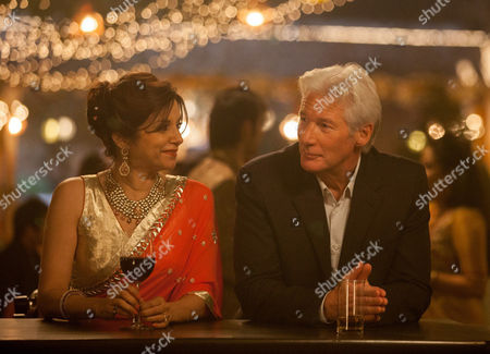 THE SECOND BEST EXOTIC MARIGOLD HOTEL (2015)  Lillete Dubey, Richard Gere
