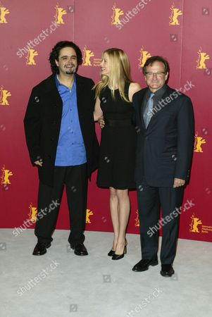 Stock Photo of Omar Naim, Mira Sorvino and Robin Williams