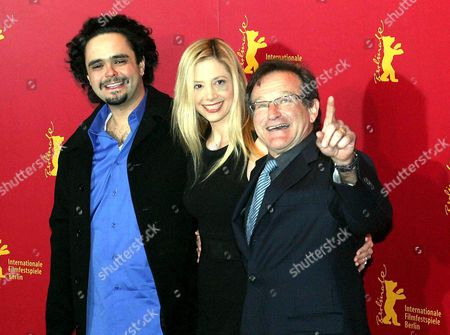 OMAR NAIM, MIRA SORVINO, ROBIN WILLIAMS