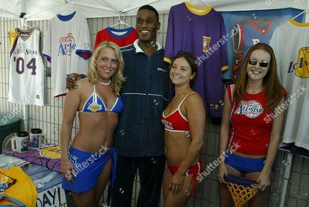 Kareem Rush and models