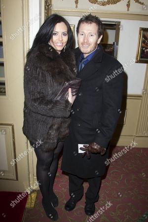 Jasmin Duran and Nick Moran
