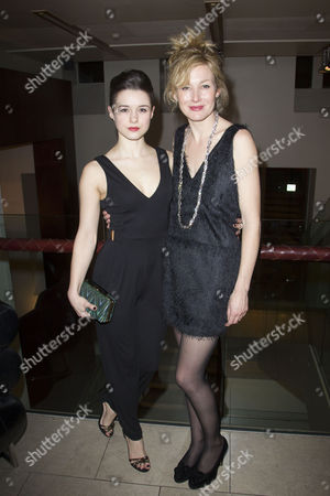 Rachel Redford (Alice) and Nancy Carroll (Anna)