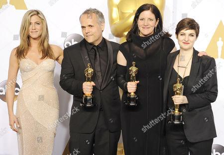 Jennifer Aniston, Mathilde Bonnefoy, Laura Poitras, Dirk Wilutzky,