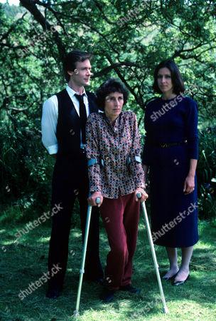 Robin Sachs, Rosalie Crutchley and Carmen Du Sautoy