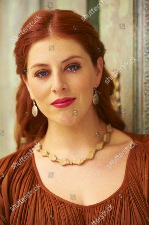 Lydia Rose Bewley as Metella