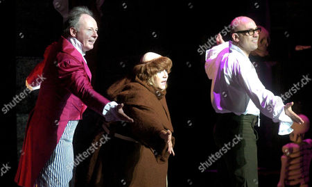 Editorial picture of 'THE PLAY WHAT I WROTE' BRISTOL HIPPODROME, BRITAIN - 19 MAR 2004