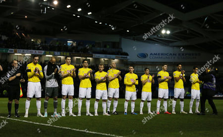 The Derby players take part in the minutes applause for the passing of Dave Mackay.