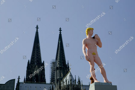 Campaign for the art exhibition in 2006, ''Das achte Feld'', ''The eighth field'', David by Hans-Peter Feldmann, in front of the Museum Ludwig and the Cologne Cathedral, Cologne, North Rhine-Westphalia, Germany, Europe