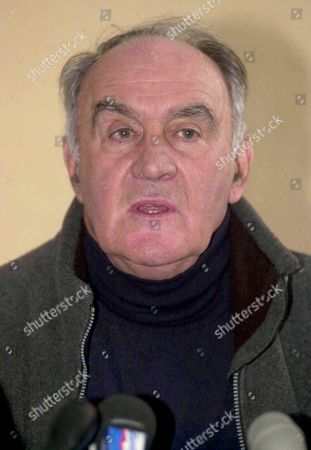 Stock Photo of The stunt coordinator Remy Julienne talking about the Isabel Peake reconstruction at a press conference - 15 Jan 2000
