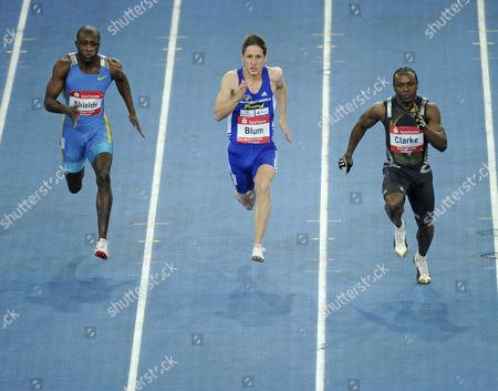 Men's sprint, left to right: Ryan SHIELDS JAM, Christian BLUM GER, Lerone Clarke JAM, Sparkassen-Cup 2010 sports tournament, Hanns-Martin-Schleyer-Halle sports stadion, Stuttgart, Baden-Wuerttemberg, Germany, Europe